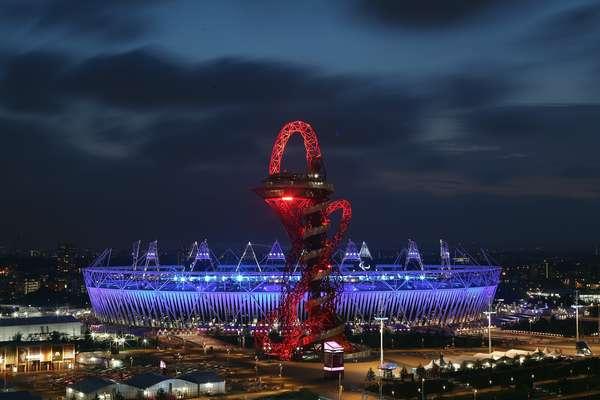 El Estadio Olímpico se prepara para recibir la ceremonia de clausura de los Juegos Paralímpicos.