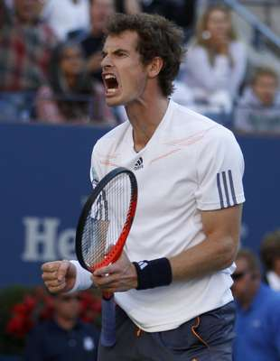 Britain's Andy Murray reacts after winning the first set against Serbia's Novak Djokovic during the men's singles final match at the U.S. Open tennis tournament in New York, September 10, 2012.