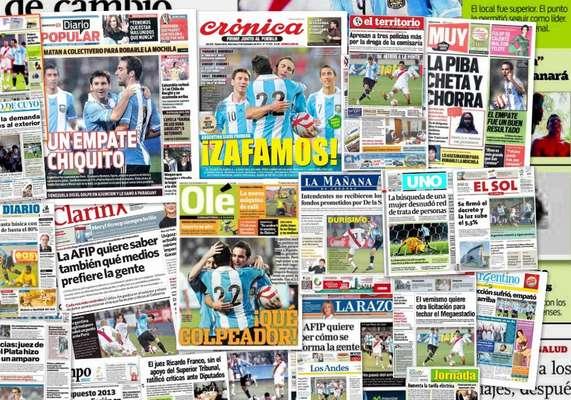 Argentina igualó 1 a 1 ante Perú en Lima en un partido durísimo, según informa los diarios argentinos. Zambrano marcó para los locales, mientras que Higuaín logró el empate para los de Sabella.