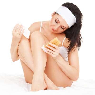 Para garantir uma pele macia e lisinha, a depilação precisa de cuidados, antes durante e após o procedimento