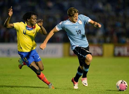 20.- GASTÓN RAMÍREZ: El uruguayo pasó del Bologna al Southampton inglés por 15 millones 200 mil euros.