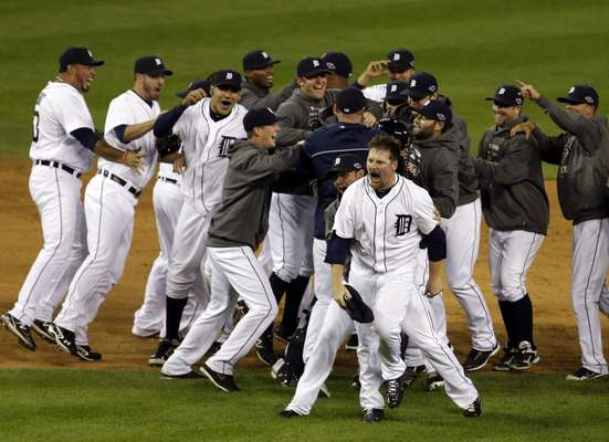 The Detroit Tigers swept the New York Yankees to earn the 11th World Series berth in franchise history. In their long and storied history, the Tigers have won the World Series four times. What follows is a list of the franchise's 10 appearances in the Fall Classic.