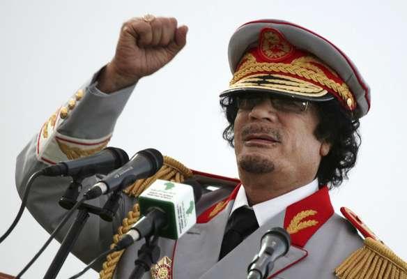 Un año después de la captura y muerte violenta del exlíder de Libia Muamar Gadafi ocurrida el 20 de octubre de 2011, ¿qué ha pasado con sus familiares y los miembros de su círculo cercano? (Fuente: BBC Mundo)