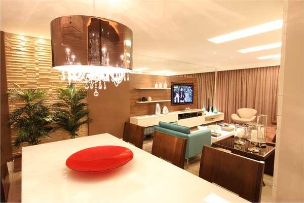 Luminaria Pendente Para Sala De Tv ~  para a sala de jantar neste ambiente de Andréa Spelzon e Pedro Lima