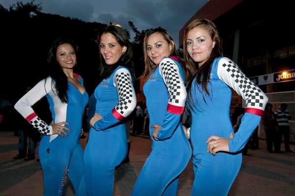 JORNADA 16: Hermosas cheerleaders engalanaron la jornada 16 del Apertura 2012 de la Liga MX.