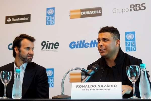 O ex-atacante Ronaldo realizou nesta terça-feira um evento em Porto Alegre, cidade que receberá a edição deste ano do Jogo contra a Pobreza