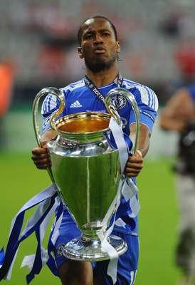 Contando com a presença do camaronês Didier Drogba, dez jogadores disputam o prêmio de melhor jogador africano de 2012. Veja a seguir quem são os outros nove que concorrem pelo prêmio que será anunciado em 20 de dezembro