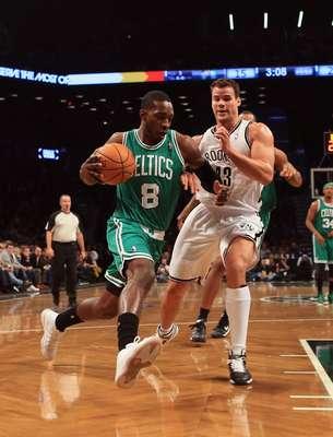 Celtics visitó a los Nets de Brooklyn en una noche donde no pudieron contar con su estrella Rajon Rondo.
