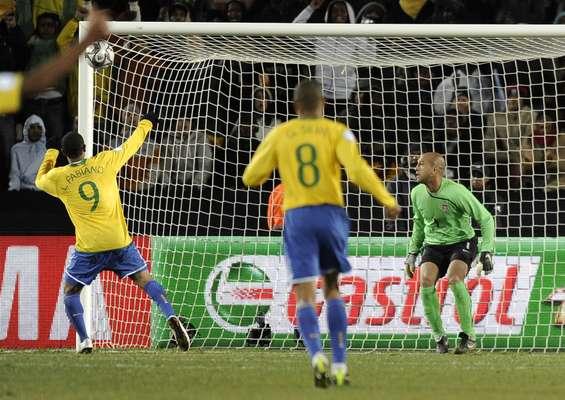 En la edición de la Copa Confederaciones del 2009, Brasil derrotó 3-2 a Estados Unidos en el estadio Ellis Park.