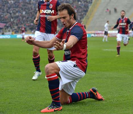 Bologna´s Alberto Gilardino scored his team´s first goal in the 3-0 win against Palermo