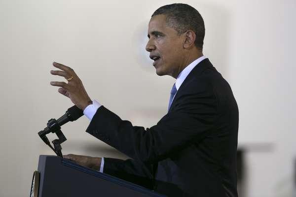 El presidente estadounidense, Barack Obama, participa hoy en la Cumbre de Asia Oriental, enturbiada por la discordia entre China, Japón y otras naciones de la región que se disputan la soberanía sobre determinadas áreas del Mar de China