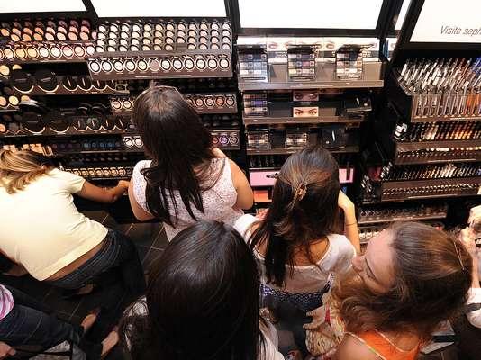 A marca francesa de cosméticos Sephora inaugurou mais uma loja em São Paulo nesta sexta-feira (23), no Morumbi Shopping, a segunda da cidade
