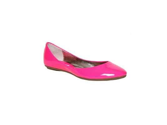 Ganchos para los zapatos hazlos t misma y ordena tu cl set for Ganchos para colgar botas
