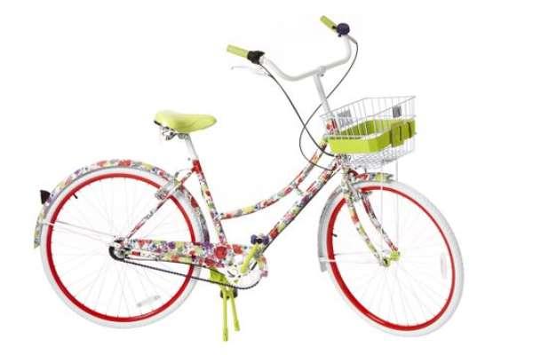 24 famosos diseñadores han unido esfuerzos con Target para lanzar una colección navideña a precios increíbles. Con artículos diseñados desde Carolina Herrera hasta Marc Jacobs, esta colección está disponible online y en tiendas Target a partir del 1 de Diciembre.Bicicleta para mujer de Alice + Olivia: 499 dólares.