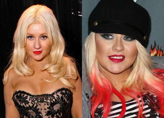 Muchas adolescentes llevan las puntas del cabello en azul, morado y hasta rosa, pero a Christina Aguilera también le dio por adoptar esta moda. Entre sus gorros espantosos y su cabello multicolor, su look se ha vuelto un desastre.