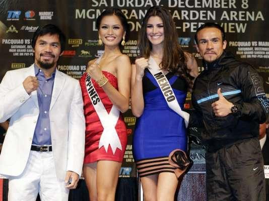 Las contendientes para Miss Universo de Filipinas y México estuvieron en la conferencia con los boxeadores.
