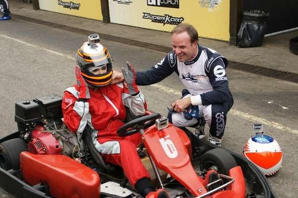 Rubens Barrichello se encontrou em São Paulo com a apresentadora Luciana Gimenez para conversar sobre sua carreira no automobilismo mundial