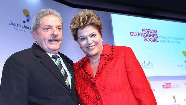 O ex-presidente Lula e a presidente Dilma Rousseff participaram nesta terça-feira da abertura doFórum pelo Progresso Social: o Crescimento como Saída da Crise