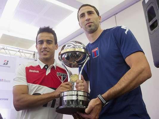 Evento em São Paulo reuniu representantes de São Paulo, Tigre e Conmebol para promover a finalíssima da Copa Sul-Americana, que acontece nesta quarta-feira, no Morumbi
