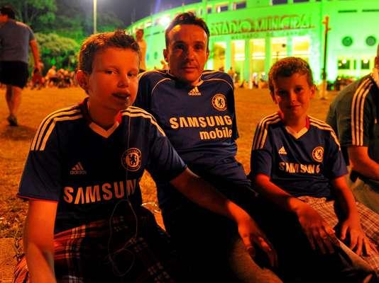 """Com direito a """"torcida"""" por Chelsea, provável rival do Corinthians no Mundial de Clubes, palmeirenses se reúnem no Estádio do Pacaembu para jogo de despedida de goleiro Marcos"""