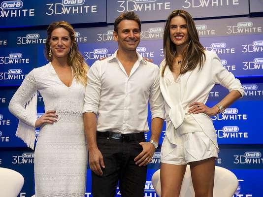 Giovanna Ewbank, Murilo Rosa e Alessandra Ambrosio (da esq. para a dir.) participaram de bate-papo sobre a importância do sorriso