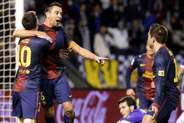 With 49 out of 51 possible points, Barcelona remains atop La Liga after a 3-1 win against Valladolid.