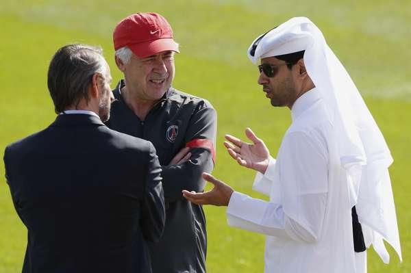 Ainda no aguardo da chegada do brasileiro Lucas, que se apresentará ao PSG neste domingo, o técnico Carlo Ancelotti comanda os primeiros treinamentos do time na intertemporada realizada em Doha, no Catar