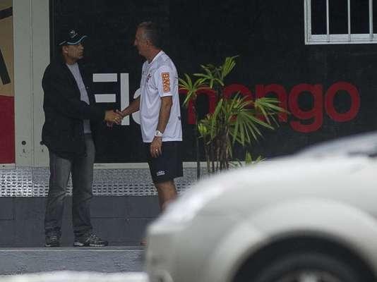 Com Dorival Júnior no comando da equipe, o elenco do Flamengo voltou das férias nesta quinta-feira e se reapresentou para o início da pré-temporada