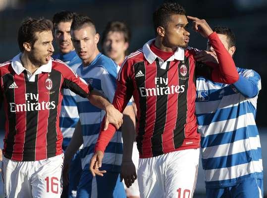 O Milan realizou nesta quinta-feira um amistoso que durou apenas 26 minutos contra o Pro Patria, da quarta divisão italiana. Irritado com os insultos racistas que recebia da equipe adversária, o meia Kevin-Prince Boateng abandonou a partida e foi acompanhado pelo restante da equipe rubro-negra, cancelando o jogo