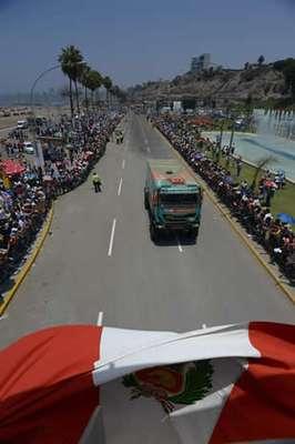 """El certamen dio inicio en Lima y la especial culiminó en Pisco, donde Ignacio Flores, """"Chaleco"""" López y Carlos Sainz fueron los grandes ganadores del día inaugural."""