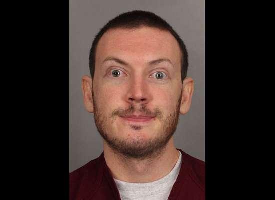 James Holmes, sospechoso de asesinar a 12 personas y herir a 58 durante un ataque el año pasado en un cine en Aurora, Colorado, compareció en enero pasado en una audiencia preliminar donde enfrenta 166 cargos de homicidio e intento de homicidio.