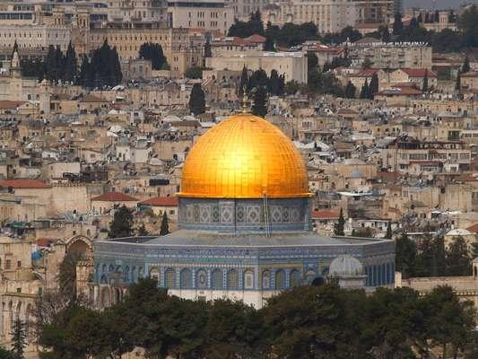 Uma viagem pela Terra Santa pode ser uma oportunidade de enriquecer a bagagem cultural ao visitar pontos como Jerusalém