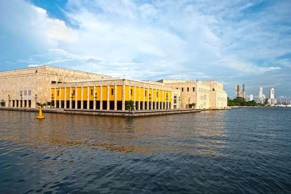 Riquezas arquitetônicas e históricas fazem de Cartagena das Índias um destino fascinante e educativo