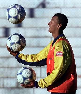 Ex-zagueiro do São Paulo e com passagem recente pelo Mazembe, do Congo, Júlio Santos vai defender o Passo Fundo no Campeonato Gaúcho