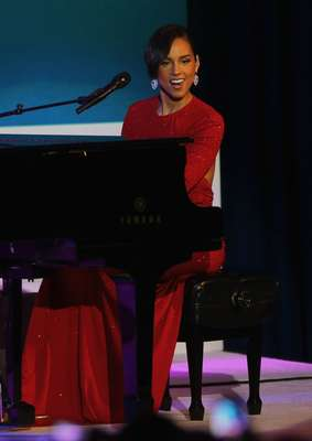 "Alicia Keys performed a special rendition of her hit single, ""Girl on Fire,"" entitled ""Obama's on Fire"" at last night Presidential Inauagural Ball in Washington, D.C."