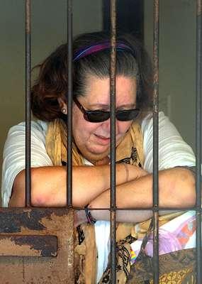 Una ciudadana británica de 56 años fue condenada a la pena de muerte por introducir cocaína en la isla de Bali, Indonesia, dictó este martes un tribunal de justicia de Denpasar.