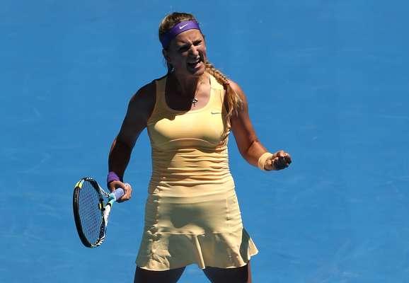 Victoria Azarenka vibra. Número 1 do mundo, a bielorrussa superou a russa Svetlana Kuznetsova por 2 sets 0, com parciais de 7/5 e 6/1, para se classificar à semifinal do Aberto da Austrália