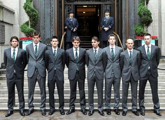 Andy Murray y Roger Federer se han enfrentado 19 ocasiones y el escocés tiene 10 triunfos por nueve del suizo. La última vez que se vieron las caras fue en la Arena O2 de Londres en las Barclays ATP World Tour Finals y el triunfo fue para Roger.