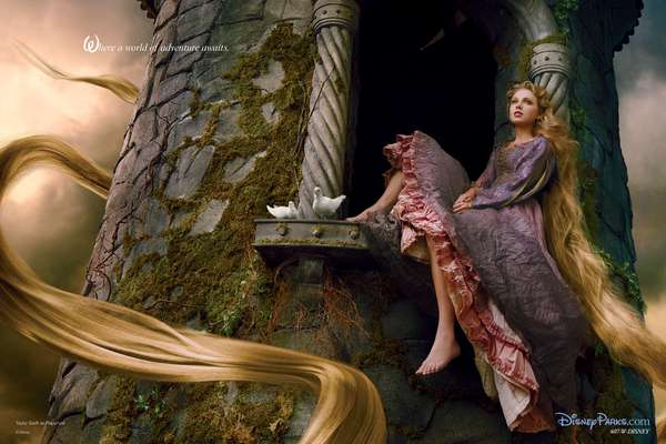 "Taylor Swift se convierte en una princesa de Disney, la adorable Rapunzel. La cantante fue fotografiada por la reconocida Annie Leibovitz para la nueva campaña de Disney que se titula: ""Where a world of adventure awaits"""