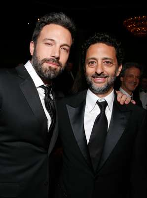 Ben Affleck y Grant Heslov comparten en la ceremonia de los Producers Guild Awards