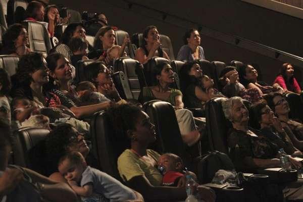 O CineMaterna promove sessões destinadas a mães e bebês de até 18 meses