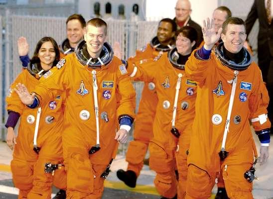 No dia 16 de janeiro de 2003, os tripulantes da missão STS-107 do ônibus espacial Columbia seguiam rumo a sua última viagem espacial. Duas semanas depois, no dia 1º de fevereiro de 2003, a nave desintegrou-se no retorno à Terra, matando os sete astronautas. Veja a seguir 10 imagens que marcaram essa tragédia