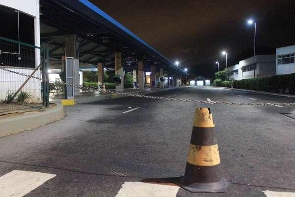 Os atentados ocorridos em Santa Catarina nos últimos cinco dias transformaram a volta para casa em um martírio para milhares de trabalhadores da região metropolitana de Florianópolis