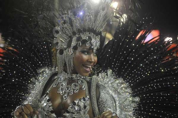 Estácio de Sá se apresenta no grupo de acesso do Carnaval do Rio de Janeiro