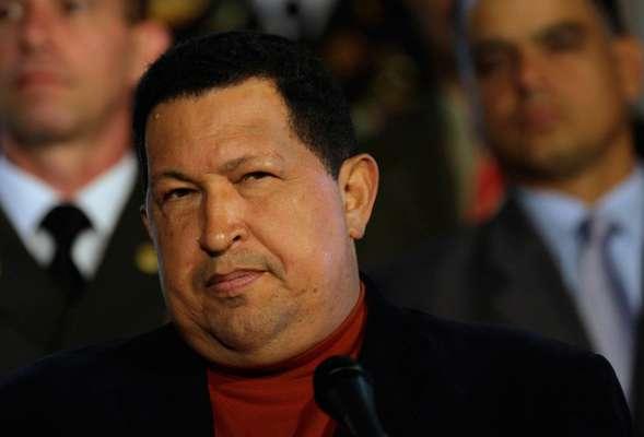 El pasado 10 de diciembre de 2012, el presidente venezolano Hugo Chávez volvió a viajar a Cuba para su cuarta operación; tras una recurrencia del cáncer que le había sido diagnosticado en junio de 2011. El mandatario, de 58 años de edad, obtuvo el permiso de la Asamblea Nacional para viajar a Cuba.