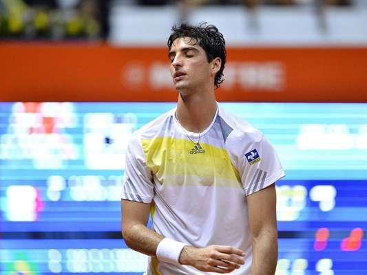O principal tenista do País foi eliminado do Brasil Open, nesta quinta-feira. Quinto favorito na competição, Thomaz Bellucci decepcionou a torcida no Ginásio do Ibirapuera e saiu vaiado após a derrota por 2 sets a 0 para Filippo Volandri