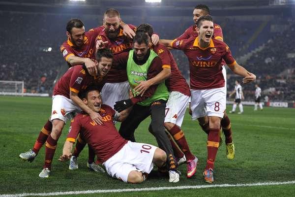 Após um início péssimo de 2013, a Roma enfim venceu a primeira partida no ano no Campeonato Italiano. A equipe derrotou a líder Juventus por 1 a 0 neste sábado