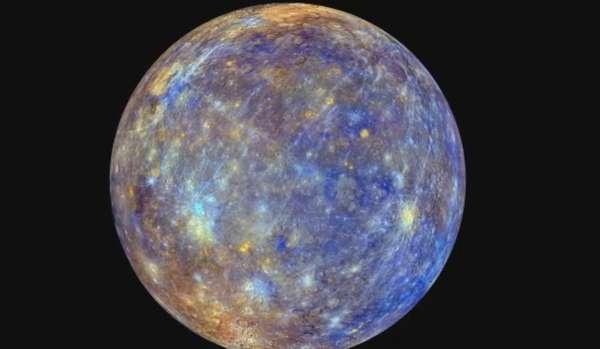 Las fotos con el mayor detalle que se haya visto hasta la fecha de Mercurio han sido mostradas a un grupo de científicos en el marco de una reunión en Boston, Estados Unidos, dando pie a nuevas teorías sobre el origen del planeta. (Imagen en 3d tomada por la NASA recientemente.)