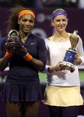 La bielorrusa Victoria Azarenka derrotó a Serena Williams en tres sets durante la final del Abierto de Catar apenas unos días después de que la estadounidense había alcanzado la cima en el Ranking de la WTA