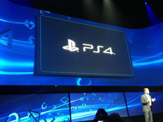 En plena presentación de la nueva consola de Sony, el PS4, la expectación ha sido mucha, y los gamers del mundo se han manifestado acerca de lo que en el mundo de los videojuegos será todo un suceso. A continuación las cinco cosas que los fervientes seguidores de esta consola esperan del PS4.